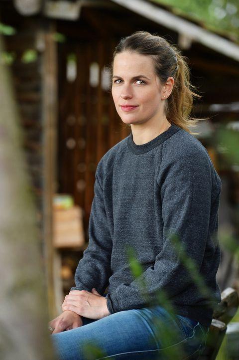 """(2. Staffel) - Isabell Polak schlüpft in der Sketch-Comedy """"Knallerkerle"""" in verschiedene Rollen ... - Bildquelle: Willi Weber SAT.1"""
