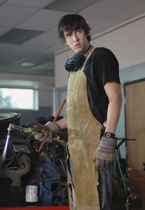 Zeke (Nicholas Braun) ist nicht der, für den ihn alle halten ... - Bildquelle: 2007 Disney Channel