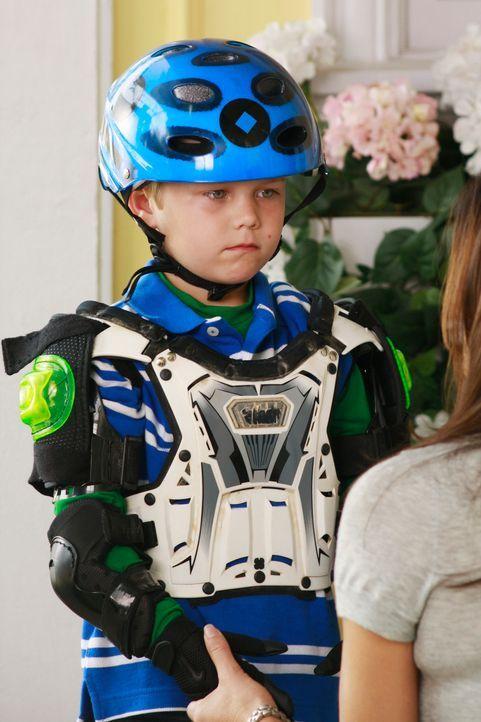 Voll ausgerüstet, um das Fahrradfahren zu lernen: M.J. (Mason Vale Cotton) ... - Bildquelle: ABC Studios