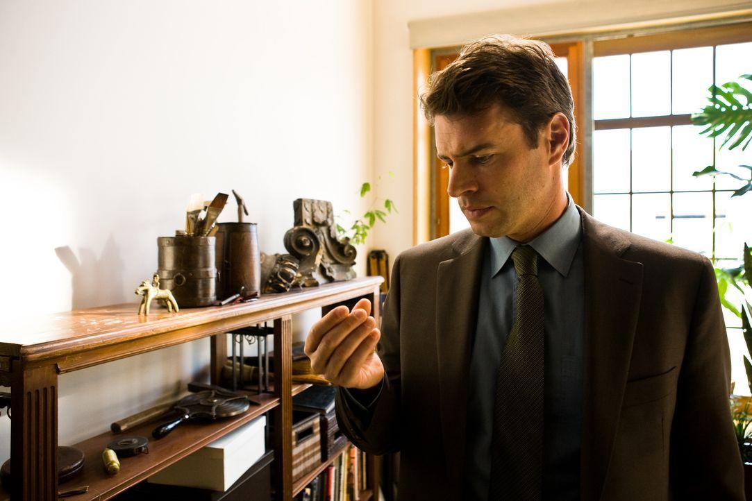 Immer wieder gelingt es der Archäologin Tess Chakyin, dem FBI-Agenten Sean Daley (Scott Foley) in seine Ermittlungen zu pfuschen. Doch als sie auf e... - Bildquelle: 2008 Templar Productions (Muse) Inc. All Rights Reserved