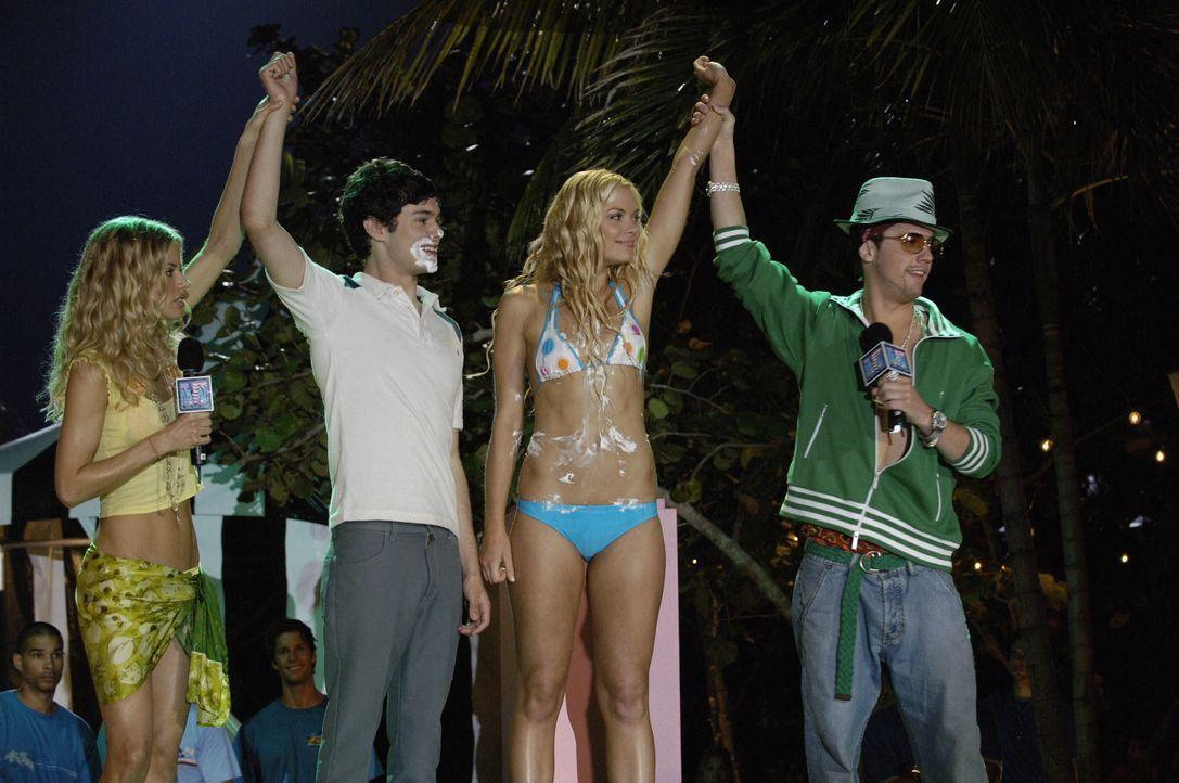 Seth (Adam Brody, 2.v.l.) und Mary-Sue (Jaime King, 2.v.r.) gehen als Sieger aus dem Wettbewerb ... - Bildquelle: Warner Bros. Television