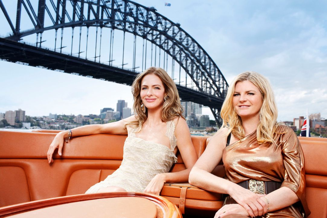 Können die Fashion-Experten Trinny (l.) und Susannah (r.) in nur zwölf Stunden 20 Frauen in glamouröse Laufstegmodels verwandeln? - Bildquelle: XYZ Networks