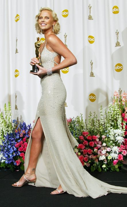 Charlize Theron - Bildquelle: AFP