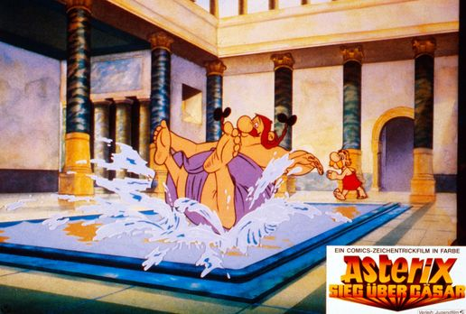Asterix - Sieg über Cäsar - Wenn Obelix (l.) baden geht, bleibt für Asterix (...