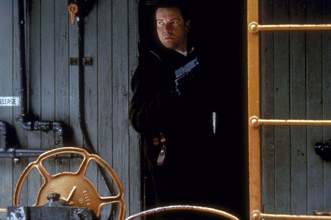 Ein Mord in einem Motel in Amarillio ruft indessen FBI-Mann LaCrosse (Dennis Quaid ) auf den Plan, der einem Serienkiller und Entführer seines Sohn... - Bildquelle: Paramount Pictures
