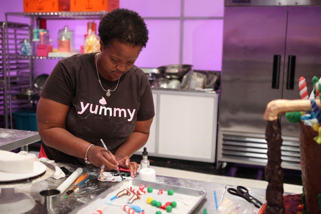 Mimi Hood hat mit Mimi's Mocha Treats bereits ihr eigenes Geschäft. Nun will sie nochmal zeigen, dass sie Backen im Blut hat und die Cake Wars Jury... - Bildquelle: 2016,Television Food Network, G.P. All Rights Reserved