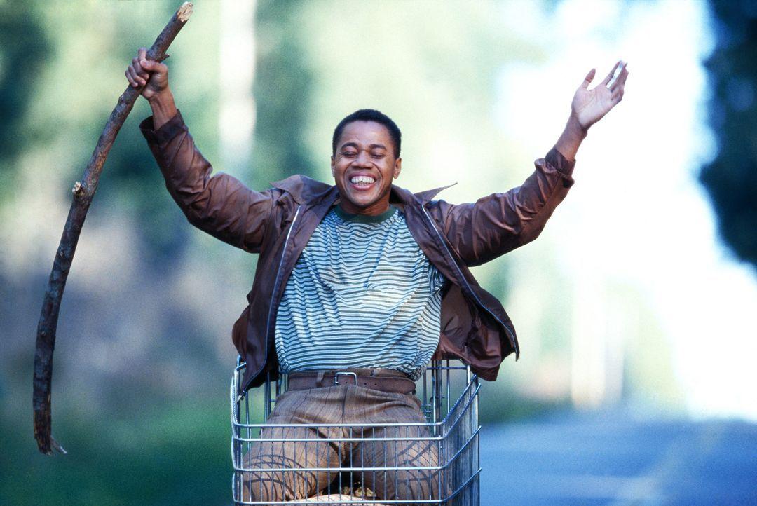 Radio (Cuba Gooding jr.) ist selten ohne seinen alten Einkaufswagen unterwegs, in dem er all seine Habseligkeiten sammelt oder gar berauschende Fahr... - Bildquelle: 2004 Sony Pictures Television International. All Rights Reserved.