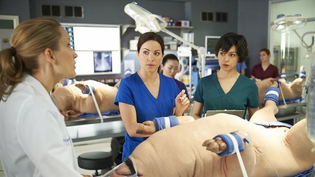 Auch Maggie (Julia Taylor Ross, r.) wird immer mehr klar, dass die schwierige...