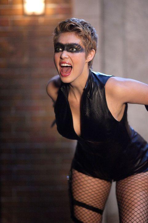 Wird die Sirene (Alaina Huffman) einsehen, dass Lex ein Bösewicht ist und sich dem Green Arrow anschließen? - Bildquelle: Warner Bros.