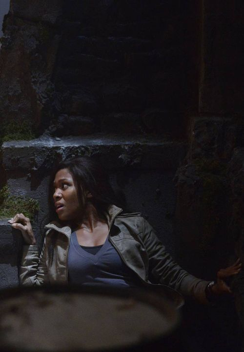 Während Ichabod und Abbie (Nicole Beharie) feststellen müssen, dass es neben dem kopflosen Reiter weitere Gefahren in Sleepy Hollow gibt, begibt s... - Bildquelle: 2013 Twentieth Century Fox Film Corporation. All rights reserved.