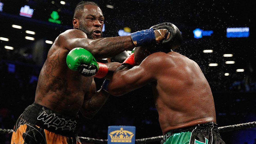 """Deontay Wilder besiegte """"King Kong"""" Ortiz durch TKO in der zehnten Runde. - Bildquelle: 2018 imago"""