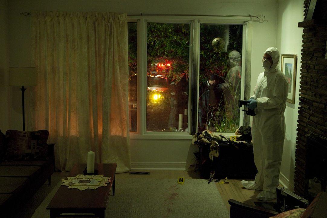 Und obwohl es mehrere Verdächtige gibt, finden die Ermittler an den Tatorten nur wenig Beweise in der Asche, um den Mörder zu identifizieren. Werden... - Bildquelle: Jeremy Lewis Cineflix 2010