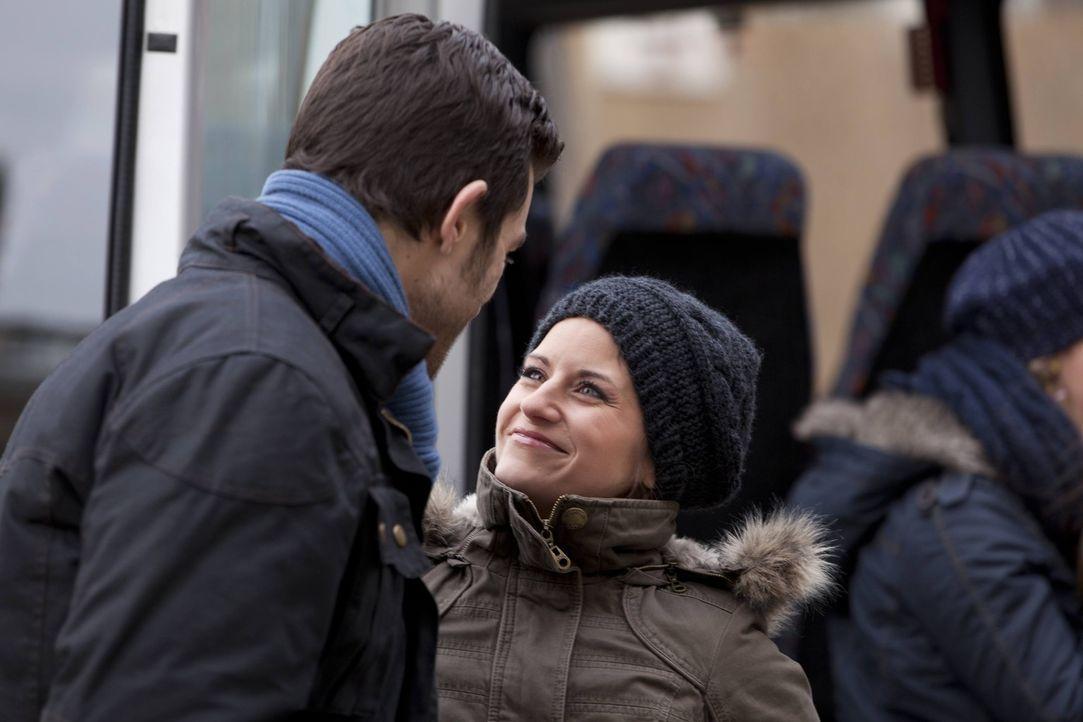 Sind glücklich miteinander: Bea (Vanessa Jung, r.) und Michael (Andreas Jancke, l.) ... - Bildquelle: SAT.1