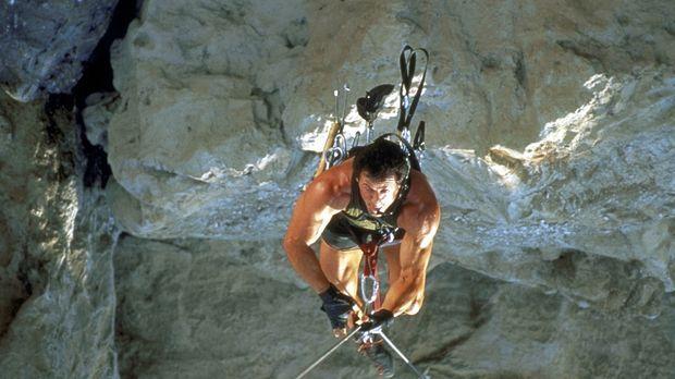 Als sich Freeclimb-Spezialist Gabe Walker (Sylvester Stallone) bei der Suche...