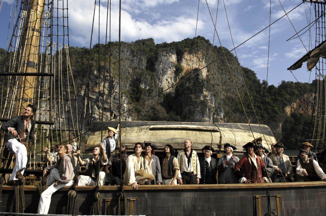 """Der Tag der Ausschiffung ist da! 21 Seeleuten stechen auf der """"Hispaniola"""" in See, um den Schatz des legendären Freibeuters Flint zu heben ... - Bildquelle: Gordon Mühle ProSieben"""