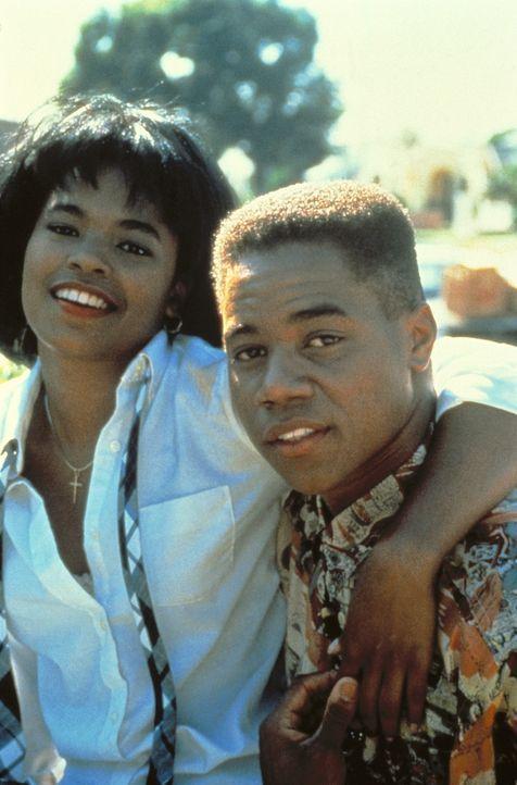 Brandi (Nia Long, l.) und Tre (Cuba Gooding Jr., r.) wollen dem Leben im Ghetto entkommen ... - Bildquelle: Columbia Pictures