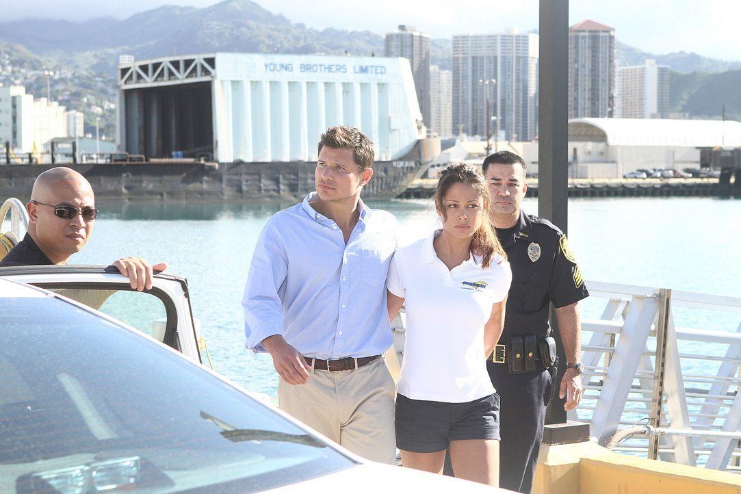 An einem schönen Tag zum Spring Break macht eine Gruppe von reichen jungen Leuten einen Segelausflug. Als Piraten die Segelyacht überfallen und di... - Bildquelle: TM &   2010 CBS Studios Inc. All Rights Reserved.