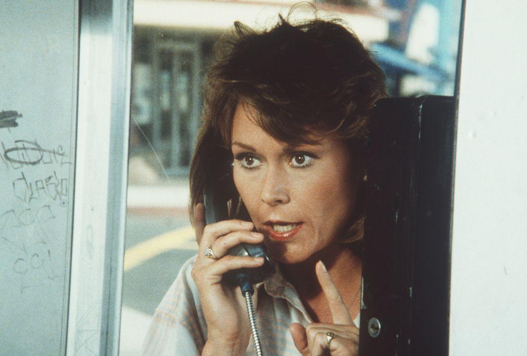 Sucht einen Terroristen, der für tot erklärt wurde: Amanda (Kate Jackson) ...