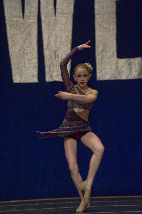 Chloe weiß, dass das Tanzen nicht nur Spaß ist . Gibt wie immer alles: Chloe ... - Bildquelle: Barbara Nitke 2012 A+E Networks