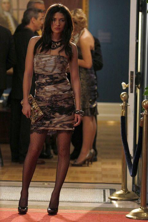 Mit diesem sexy Outfit will Vanessa (Jessica Szohr) Dan zeigen, dass man eine Beziehung nicht verstecken kann. - Bildquelle: Warner Brothers.