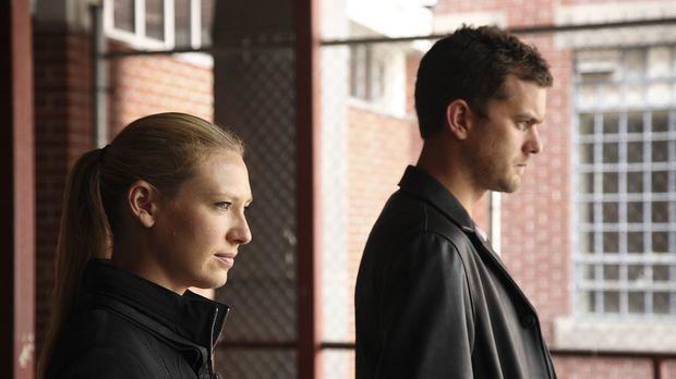 Eine Reihe mysteriöser Morde geschehen. Olivia (Anna Torv, l.) schickt Peter...
