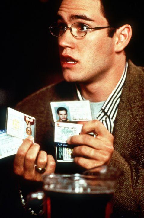 Coopers (Mark-Paul Gosselaar) Plan läuft langsam aus dem Ruder ... - Bildquelle: Paramount Pictures