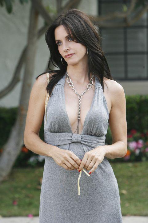 Möchte ihrem Nachbarn beweisen, dass sie attraktiv ist - doch der Plan geht erstmal nach hinten los: Jules (Courteney Cox) ... - Bildquelle: 2009 ABC INC.