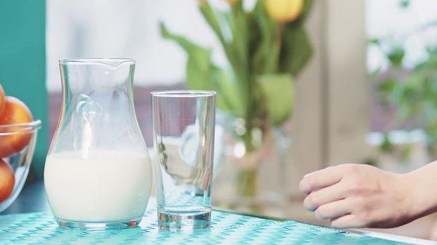 video buttermilch di t gesund und lecker abnehmen sat 1. Black Bedroom Furniture Sets. Home Design Ideas