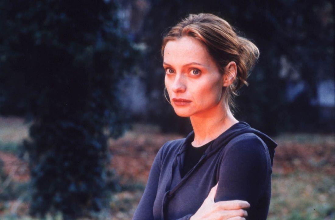 Sylvie (Catherine Flemming) weiß nicht mehr, was sie glauben soll: Ist ihr Bruder Markus wirklich der gesuchte Mörder oder ist es ihr eigener Mann? - Bildquelle: Katrin Knoke ProSieben