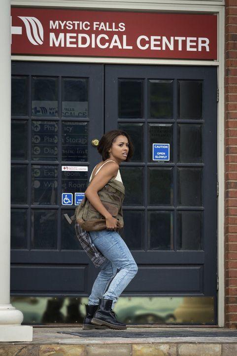 Findet Bonnie (Kat Graham) einen Weg, Kai in seinem Gefängnis eingesperrt zu lassen? - Bildquelle: Warner Bros. Entertainment, Inc