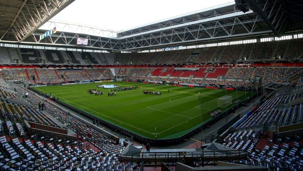 Uerdingen könnte kommende Saison in Düsseldorf spielen - Bildquelle: PIXATHLONPIXATHLONSID