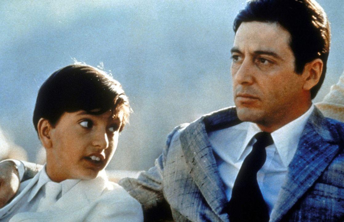 Der Pate Michael Corleone (Al Pacino, r.) ist seinem Sohn ein guter Vater ... - Bildquelle: Paramount Pictures