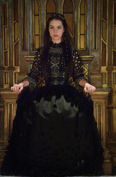 Reign - Gleich zu Beginn von Marys (Adelaide Kane) und Francis' Regierungszei...