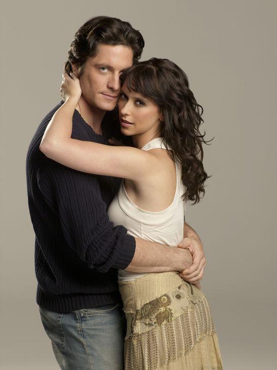 (1. Staffel) - Führen kein gewöhnliches Leben: Jim (David Conrad, l.) und seine Frau Melinda (Jennifer Love Hewitt, r.) - Bildquelle: ABC Studios