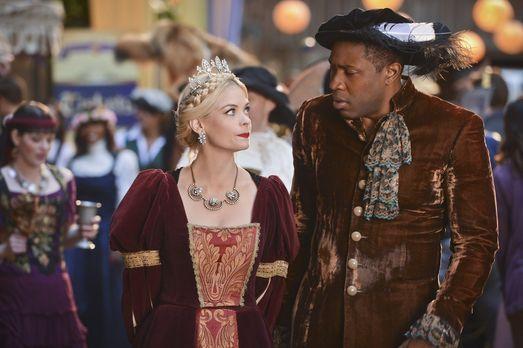Hart of Dixie - Lavon (Cress Williams, r.) organisiert ein Renaissance-Fest,...