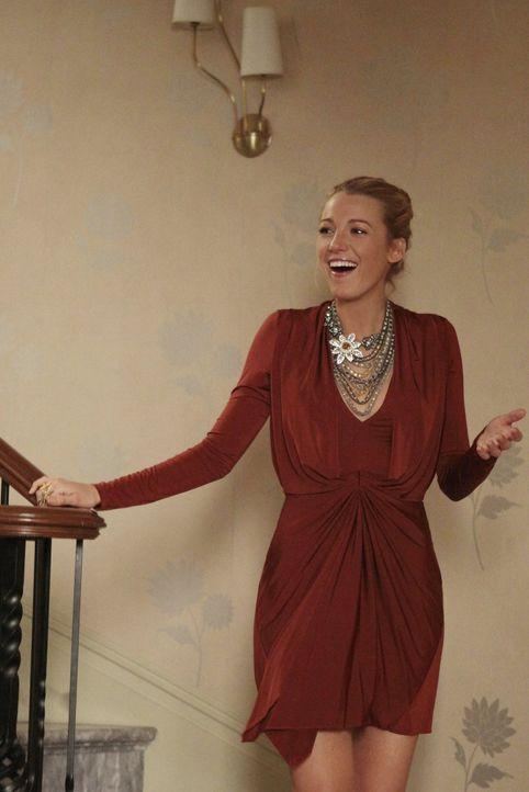 """Im legendären Nachtclub """"Studio 54"""" soll eine 80er Jahre Revival-Party steigen. Serena (Blake Lively), Lily und Charlie sind voller Vorfreude ... - Bildquelle: Warner Bros. Television"""