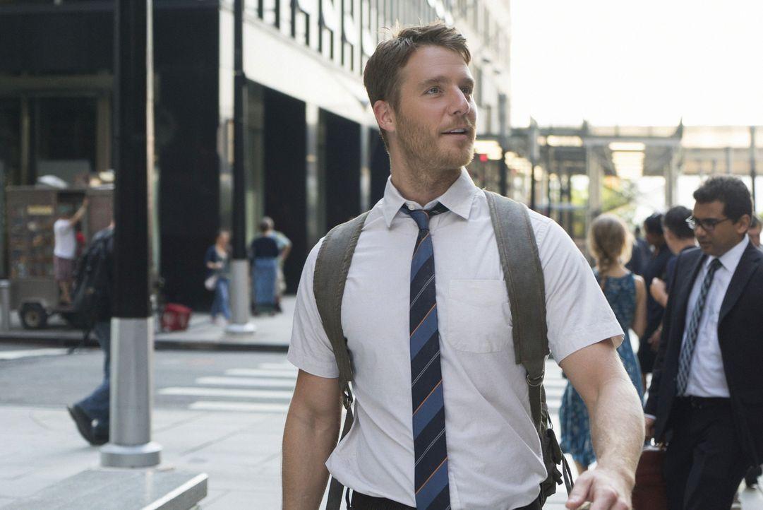 Brian (Jake McDorman) tritt seinen Job beim FBI an, aber alles ist ganz anders, als er es sich vorgestellt hat ... - Bildquelle: Michael Parmelee 2015 CBS Broadcasting, Inc. All Rights Reserved