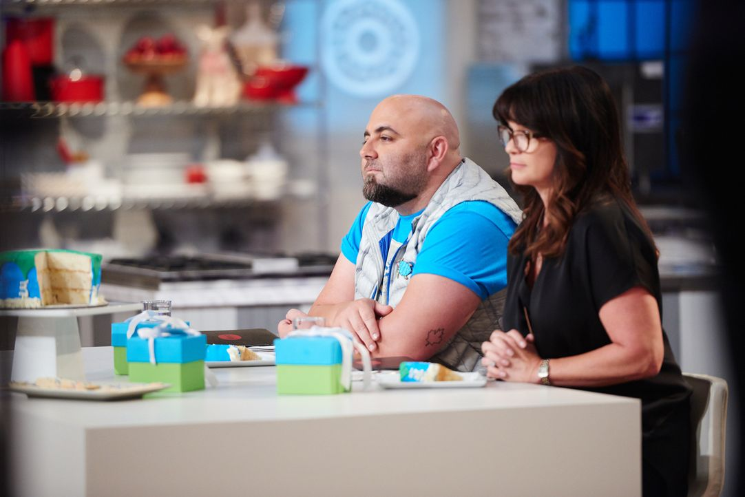 "Wen werden Duff Goldman (l.) und Valerie Bertinelli (r.) zum ""Kids Baking Champion"" küren? - Bildquelle: Eddy Chen 2014, Television Food Network, G.P. All Rights Reserved"