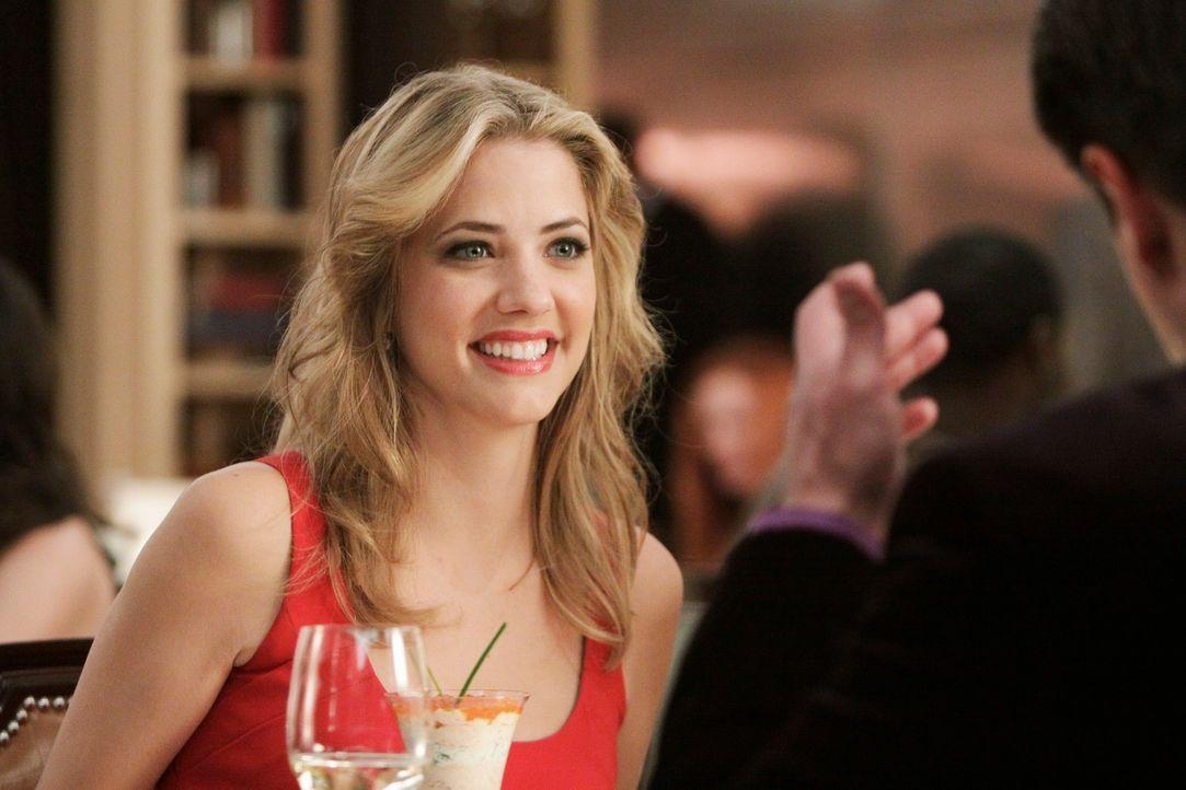 Hat die hübsche Madison Queller (Julie Gonzalo) etwas zu verbergen? - Bildquelle: ABC Studios