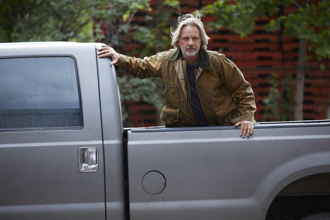 Noch ahnt Sasha Antonov (John Ralston) nicht, dass ein alter Feind es erneut auf ihn abgesehen hat ... - Bildquelle: 2016 She-Wolf Season 3 Productions Inc.