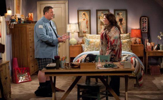 Mike & Molly - Beschließen, ein Baby zu bekommen: Mike (Billy Gardell, l....