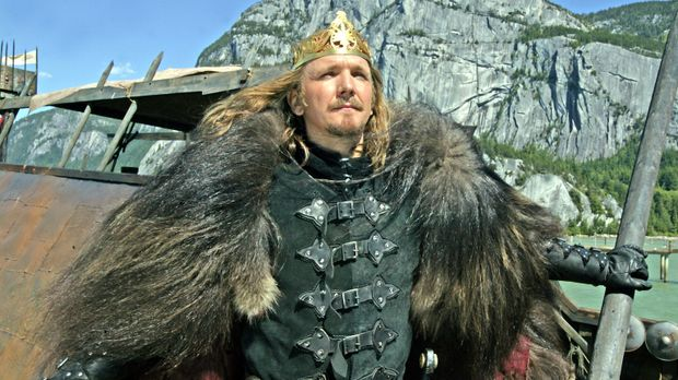 Der amoralische König Tygath (Sebastian Roché), Führer der Namenlosen, träumt...