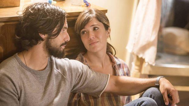 Jack (Milo Ventimiglia, l.) und Rebecca (Mandy Moore, r.) nehmen ihre Babys a...