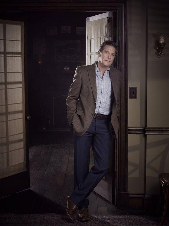 (4. Staffel) - In Bricks (Tim Matheson) Leben ist immer etwas los. Doch eine unerwartete Begegnung ist dann doch etwas zu viel ... - Bildquelle: Warner Bros. Entertainment Inc.