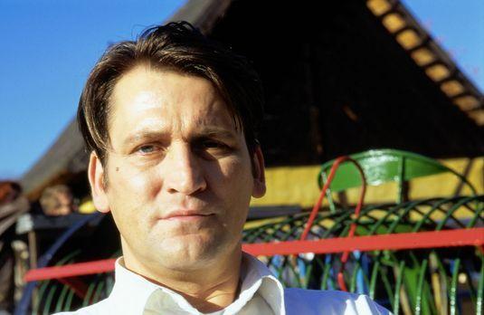 Nur mein Sohn war Zeuge - Der sorbische Polizist Peter Nowak (Ingo Naujoks) h...
