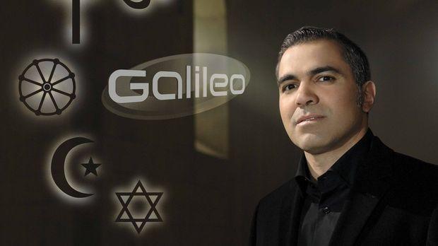 Wer glaubt was? Aiman Abdallah stellt die fünf Weltreligionen vor ... © ProSi...