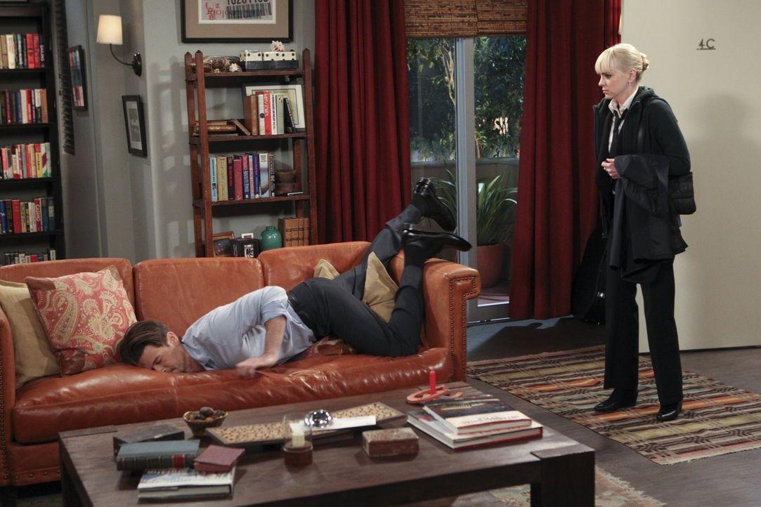 David (Nick Zano, l.) ist supersexy, doch Christy (Anna Faris, r.) hat Probleme damit, dass er ziemlich häufig zu tief ins Glas schaut ... - Bildquelle: Warner Brothers Entertainment Inc.
