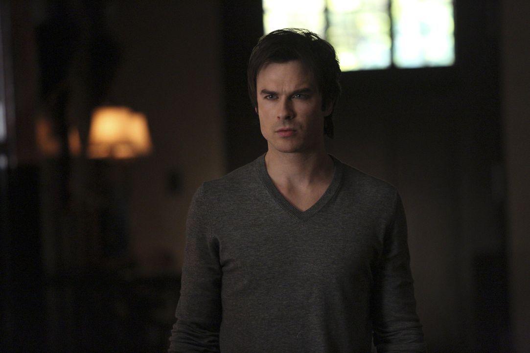 Auch Damon kann nicht fassen, was geschehen ist - Bildquelle: Warner Bros. Entertainment Inc.