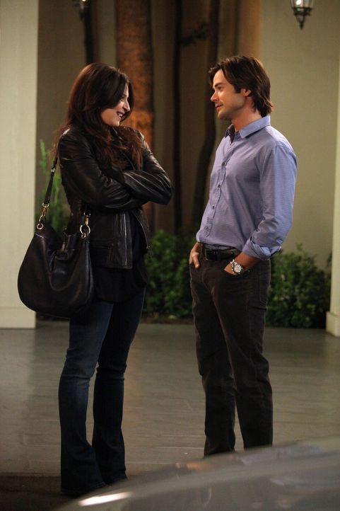 Ein Essen mit unerwarteten Folgen: Amelia (Caterina Scorsone, l.) und James (Matt Long, r.) ... - Bildquelle: ABC Studios