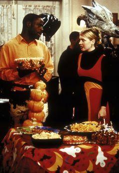 Sabrina ... total verhext! - Sabrina (Melissa Joan Hart, r.) lädt an Hallowee...